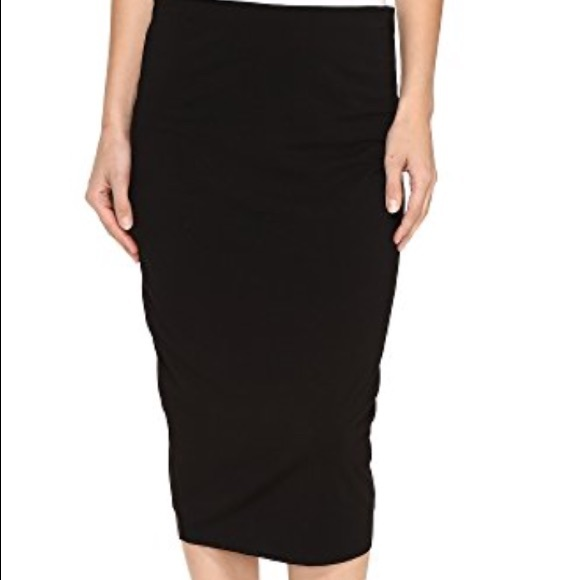 c0f120393bc73a Vince Camuto Black Jersey Midi Tube Skirt - Size M.  M_5a81fe9450687c6e530c6846